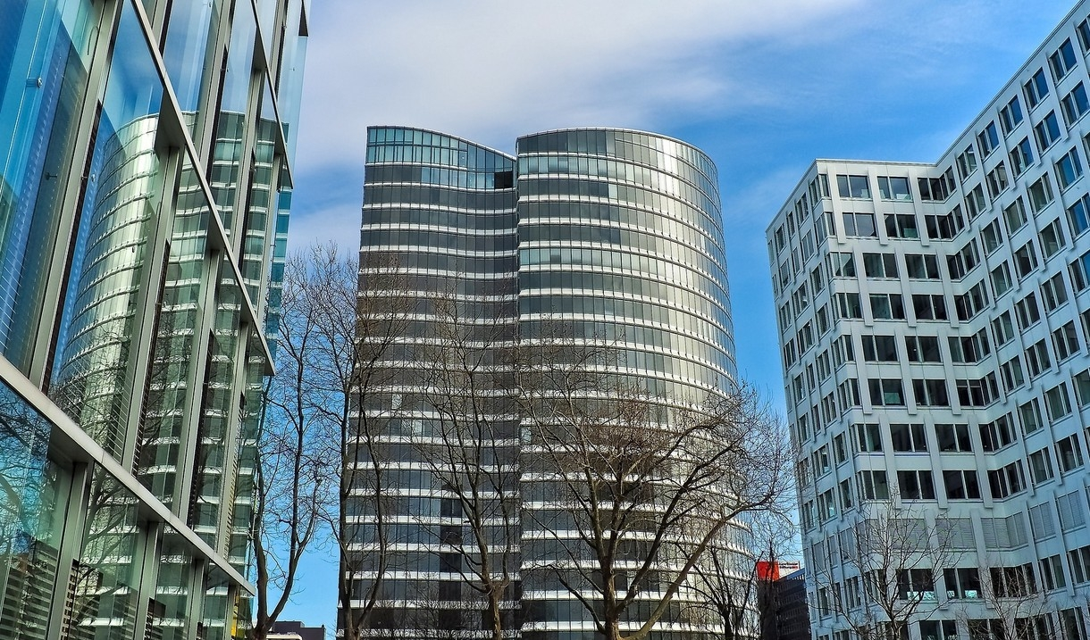 Office building purchase profile Guetig Group