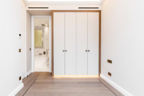 Luxurious Renovated Apartment Carré d'Or Monaco Entrance