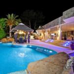 Uniquie detached luxury villa in elviria guetig group
