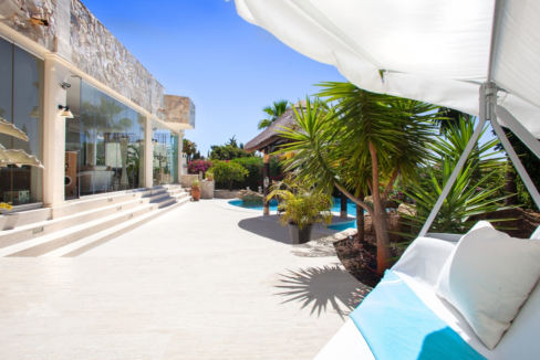 uniquie_detached_luxury_villa_in_elviria_terrace