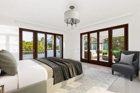 villa_for_sale_puerto_banus_top_location_bedroom_1
