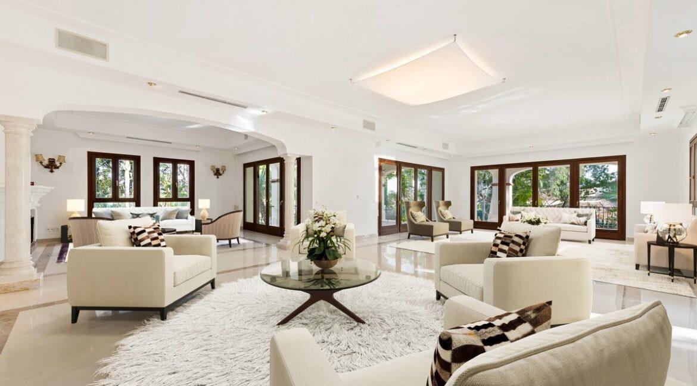 villa_for_sale_puerto_banus_top_location_living_room
