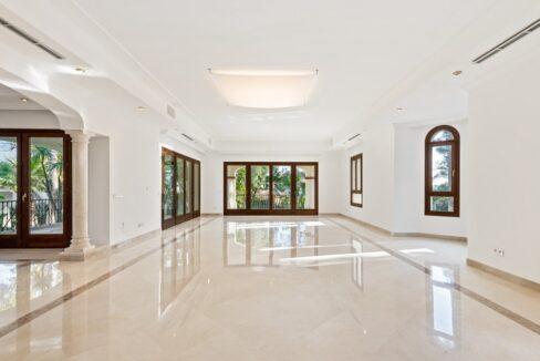 villa_for_sale_puerto_banus_top_location_room2
