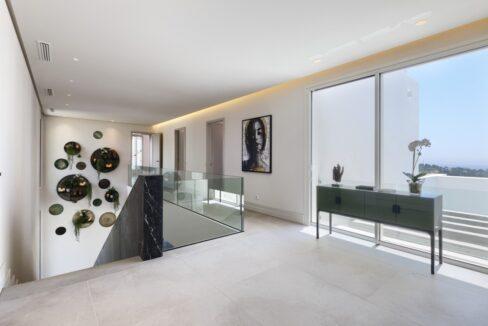 5 bedroom golf and sea view villa in El Paraiso Estepona stairs